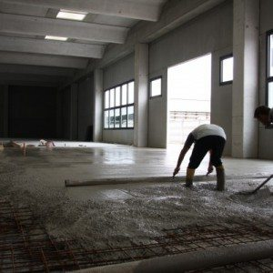 Pavimenti industriali a spolvero di quarzo